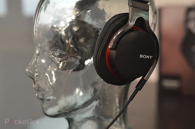 Sony MDR-1R over-ear headphones range pictures and hands-on - photo 14