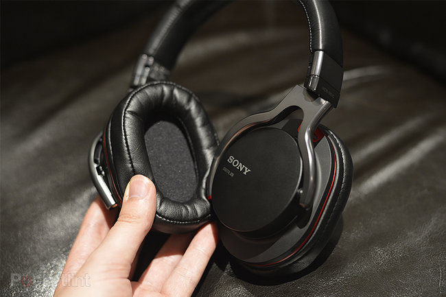 Sony MDR-1R over-ear headphones range pictures and hands-on - photo 3