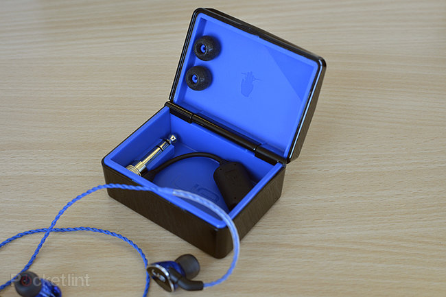 Logitech UE 900 in-ear headphones: Pro aspirations, consumer-ish price - photo 1