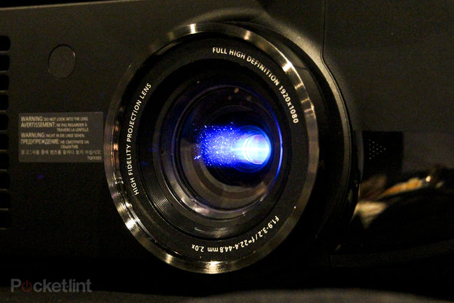 Panasonic PT-AT6000 pictures and hands-on - photo 5