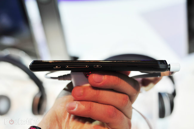 Sony Xperia T pictures and hands-on - photo 4