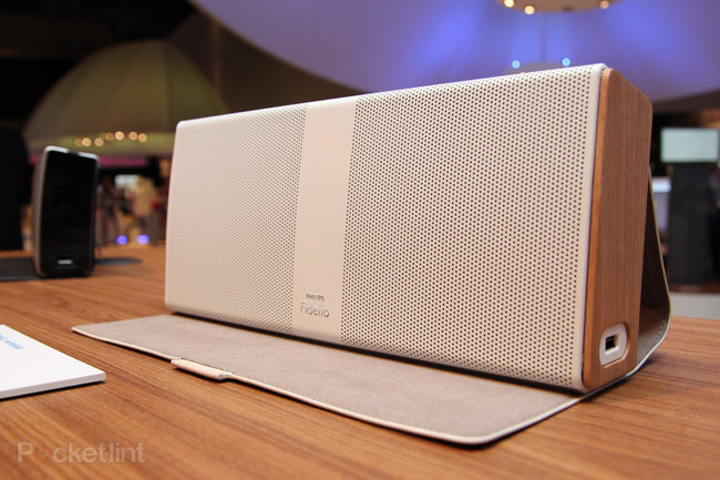 Philips Fidelio Portable Speaker pictures and hands-on - photo 1