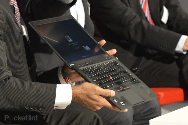 Lenovo ThinkPad X1 Carbon pictures and hands-on - photo 2
