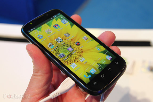 ZTE Grand X IN pictures and hands-on - photo 3