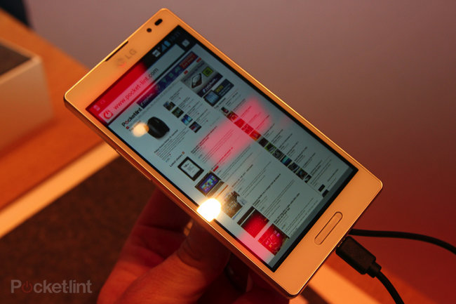 LG Optimus L9 pictures and hands-on - photo 9