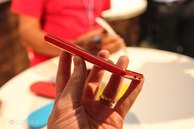 Nokia Lumia 820 pictures and hands-on - photo 4