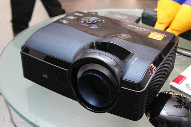 ViewSonic Pro9000 Laser Hybrid LED lampless projector pictures and hands-on - photo 2