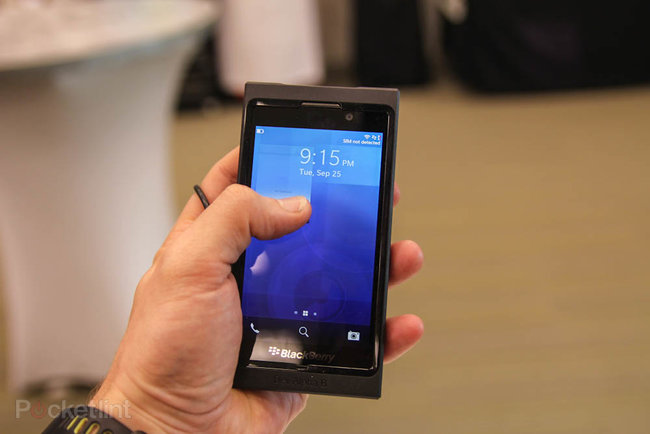 BlackBerry 10 and the Alpha Dev B pictures and hands-on - photo 4