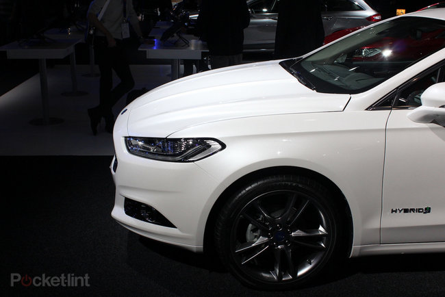 Ford Mondeo (2013) pictures and hands-on - photo 2