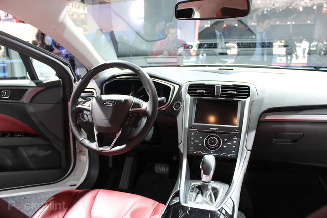Ford Mondeo (2013) pictures and hands-on - photo 8