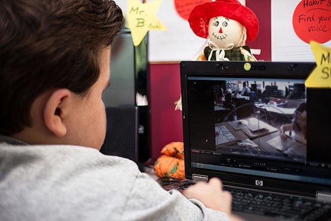 Robot takes place of sick child in US school - photo 2