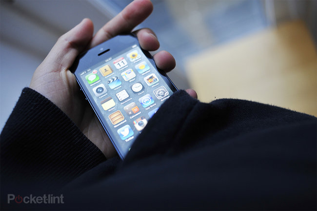 Apple iPhone 5 or Samsung Galaxy S III: Which is best for you? - photo 2