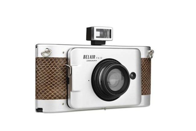 Lomography Belair X 6-12 cameras bring back the bellows to print photography - photo 1