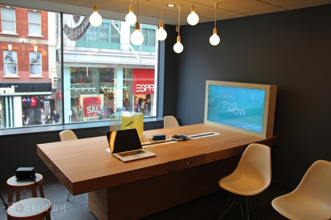 Orange and T-Mobile shops assimilated: EE stores open 30 October  - photo 4
