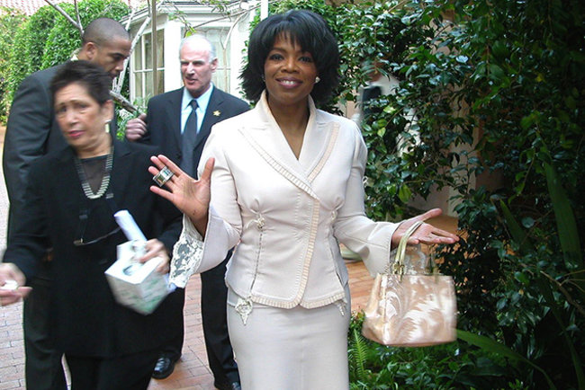 Oprah Winfrey tweets love for Microsoft Surface... from an iPad - photo 1