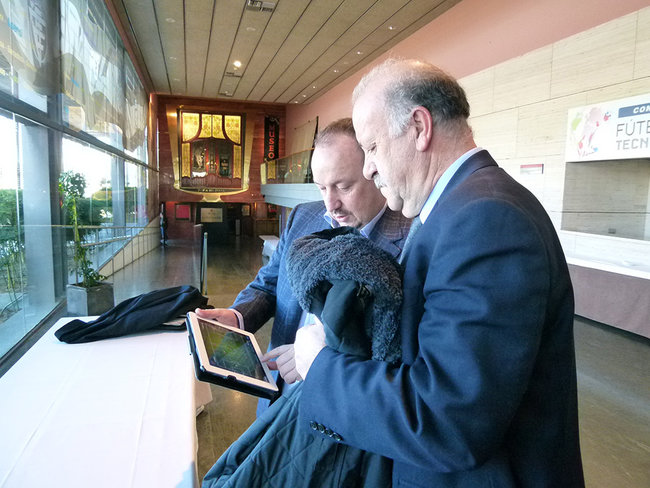 Rafa Benitez to use iPad to help Chelsea turn season around - photo 2