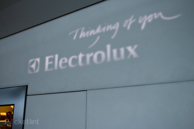 The Cube by Electrolux high tech pop-up restaurant pictures and hands-on - photo 9
