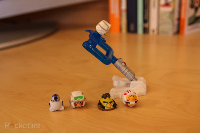 Star Wars Angry Birds AT-AT battle game pictures and hands-on - photo 3