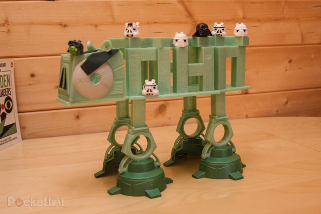 Star Wars Angry Birds AT-AT battle game pictures and hands-on - photo 8