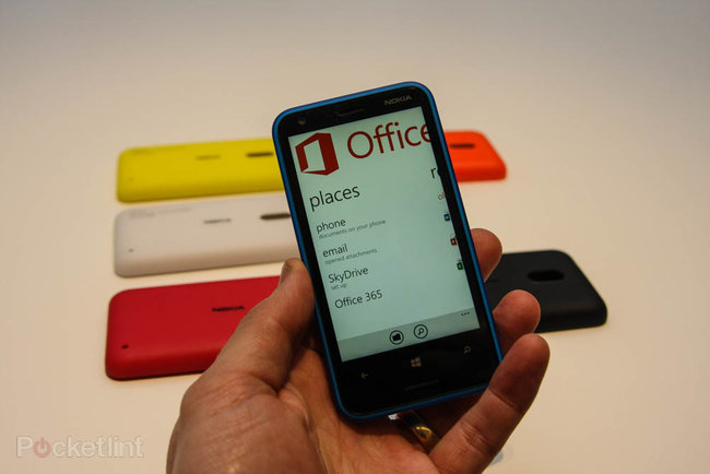 Nokia Lumia 620 pictures and hands-on - photo 28