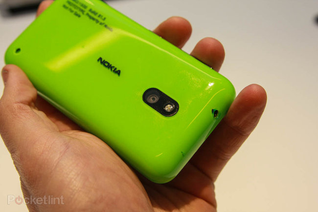 Nokia Lumia 620 pictures and hands-on - photo 7