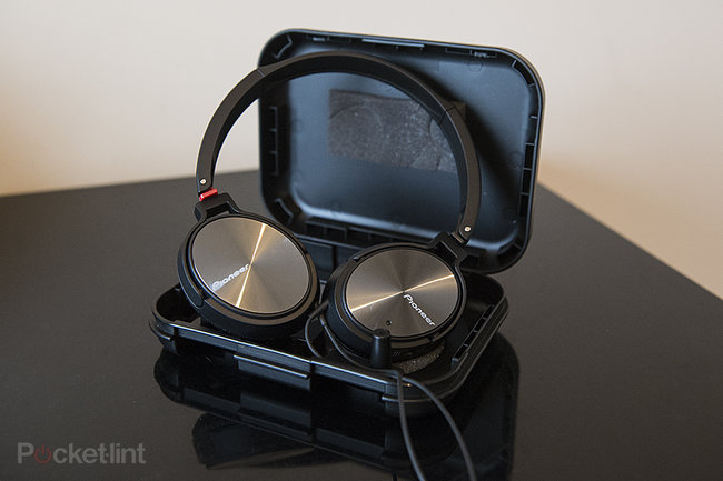 Hands-on: Pioneer SE-NC21M noise-cancelling headphones review - photo 8
