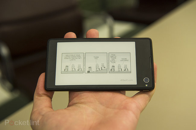 Yota Devices YotaPhone dual-screen smartphone meets eBook reader pictures and hands-on - photo 3