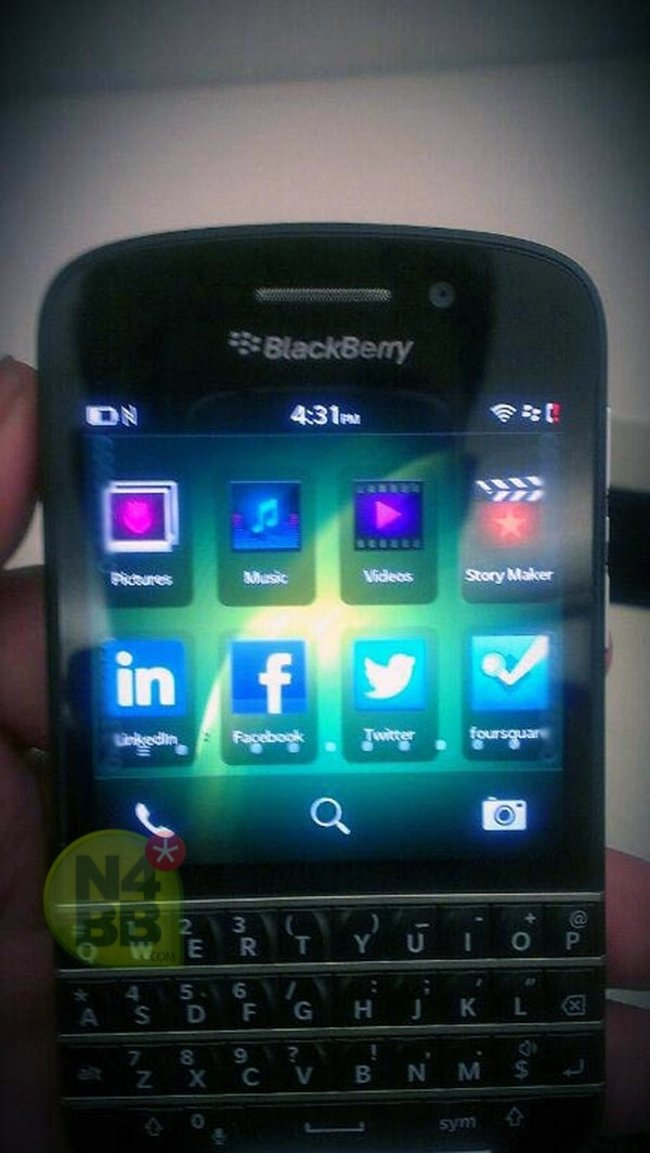 New BlackBerry 10 N-Series (X10) pictures leak, showing off the QWERTY keyboard in full - photo 3