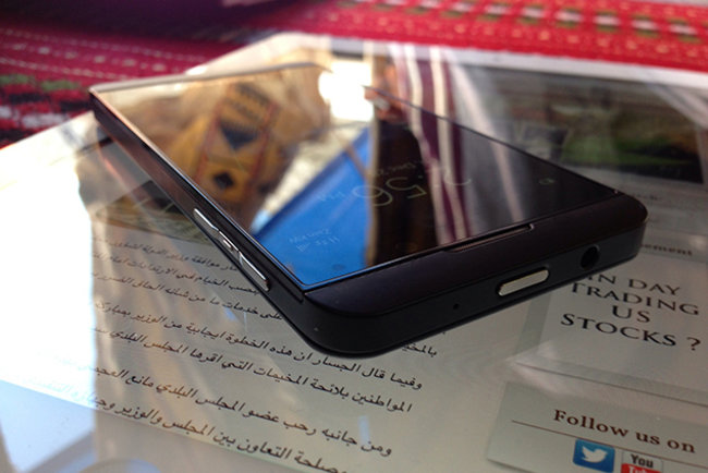 BlackBerry 'L-Series' Z10 revealed in yet more pictures, including test image taken with new phone's camera - photo 1