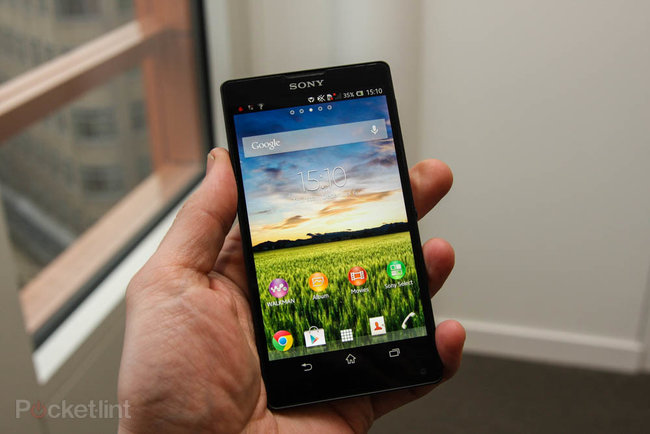 Sony Xperia ZL official, ditches Xperia Z waterproofing and design, we go hands-on - photo 4