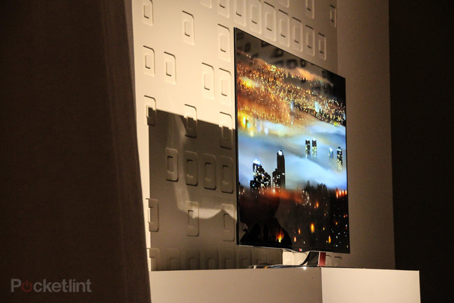 LG 55EA9800 55-inch OLED TV pictures and eyes-on - photo 9