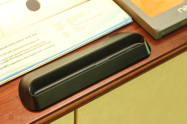 Asus Nexus 7 dock announced, £24.99, coming soon, we go hands-on - photo 2