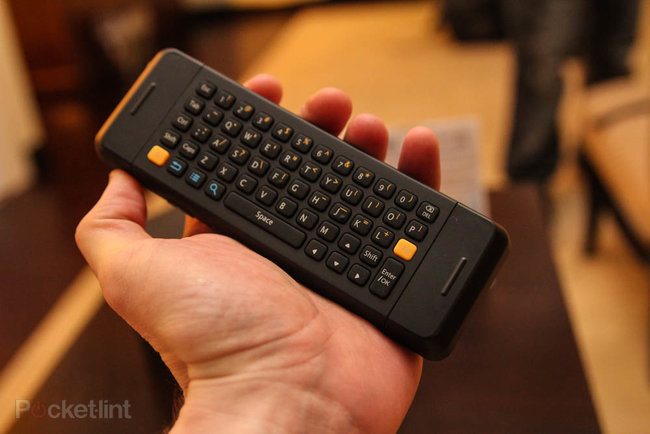 Asus Qube: Google TV gets a new face at CES, we go hands-on - photo 6