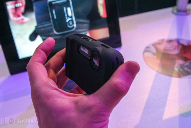 Cyber-shot H200 leads the charge for the camera middle ground at CES - photo 6