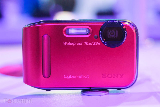 Cyber-shot H200 leads the charge for the camera middle ground at CES - photo 8