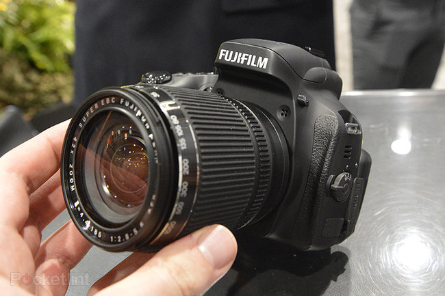 Fujifilm FinePix HS50EXR superzoom camera pictures and hands-on - photo 2