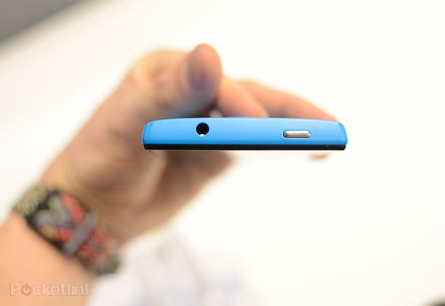 Huawei Ascend W1 pictures and hands-on - photo 2