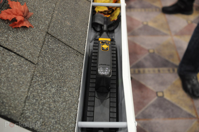 iRobot Looj gutter cleaning robot coming to the UK - photo 1