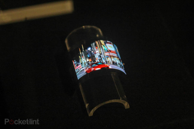 Sharp demos 3.4-inch flexible display at CES - photo 1