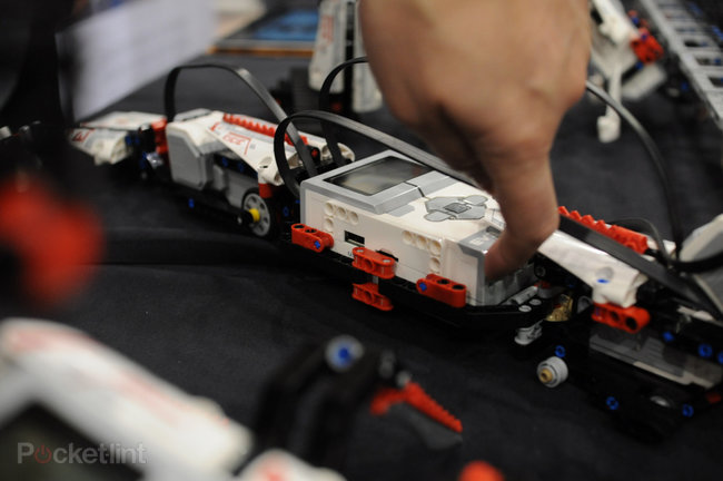 Lego Mindstorms EV3 pictures and hands-on - photo 15