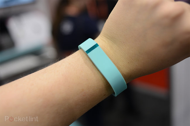 Fitbit Flex pictures and hands-on - photo 1