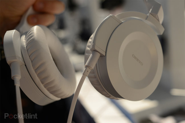 Onkyo ES-HF300 headphones pictures and hands-on - photo 8