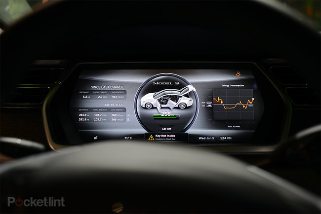 Tesla Model S 17-inch screen pictures and hands-on - photo 7