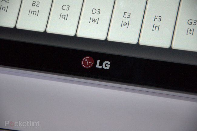 LG Windows 8 touch-enabled monitor pictures and hands-on - photo 7