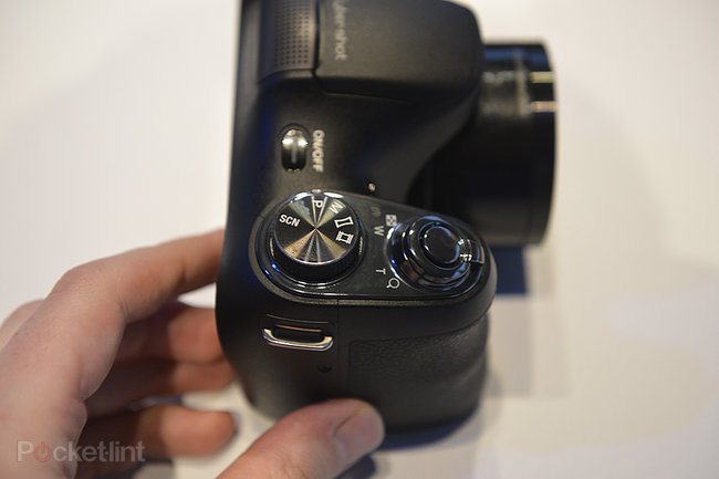 Sony Cyber-shot H200 superzoom pictures and hands-on - photo 2