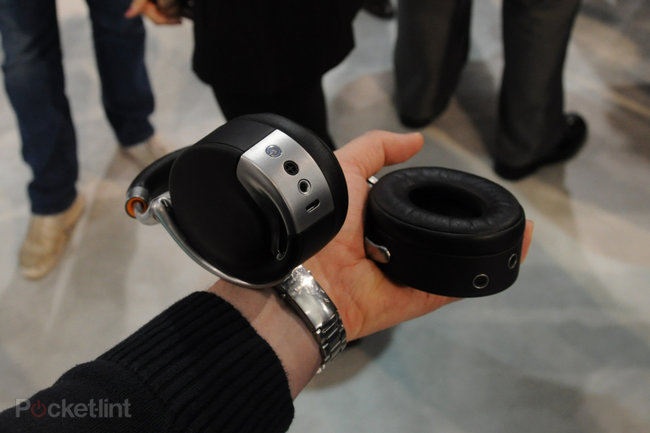 Parrot Zik by Starck pictures and hands-on - photo 2
