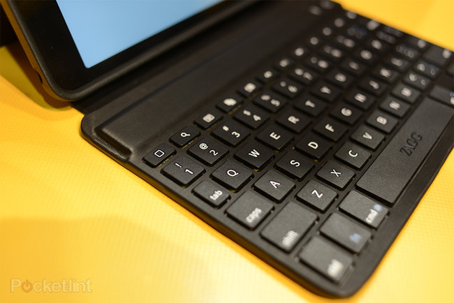 ZaggKeys Mini 7 iPad mini keyboard case pictures and hands-on - photo 6