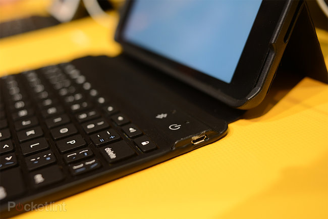 ZaggKeys Mini 7 iPad mini keyboard case pictures and hands-on - photo 7