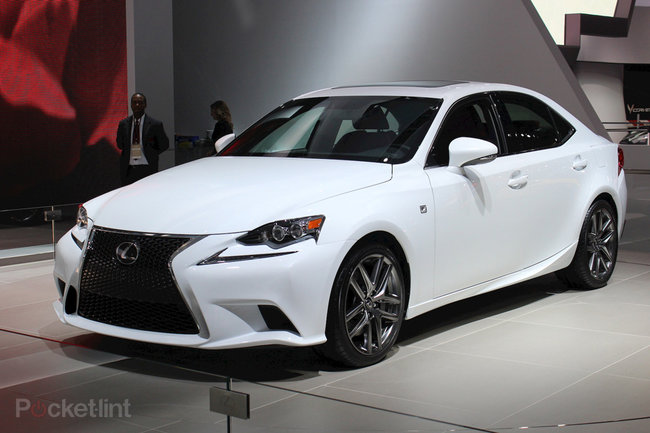 Lexus IS pictures and hands-on (video) - photo 1