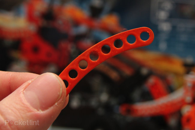 Meccano Evolution shrinks parts for more detailed models (pictures) - photo 2
